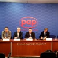 """Konferencja prasowa pt. """"Inicjatywa na rzecz czystej informacji i reklamy"""""""